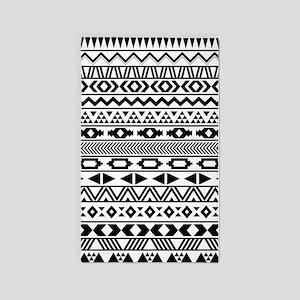 Tribal Pattern b/w 3'x5' Area Rug