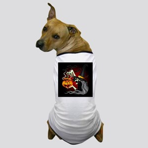 Witch with Jack O'Lantern and Bats Dog T-Shirt