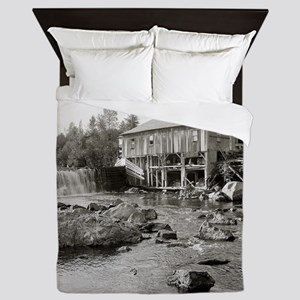 Old Mill in the Adirondacks, 1903 Queen Duvet