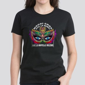 Mardi Gras Queen 10 Women's Dark T-Shirt