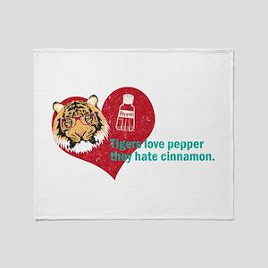 thr hanover tigers love pepper Throw Blanket