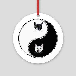 Black Cat & White Cat Yin Yan Ornament (Round)