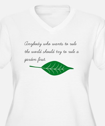 To Rule a Garden Plus Size T-Shirt