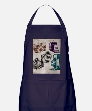 retro photographer vintage camera Apron (dark)