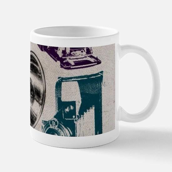 retro photographer vintage camera Mugs