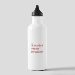 silently correcting grammar-par red Water Bottle