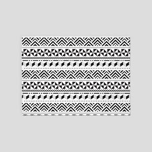 Tribal Geometric Black and White 5'x7'Area Rug
