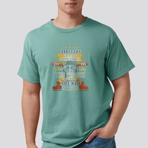 This Princess Wears Hockey Skates T Shirt T-Shirt