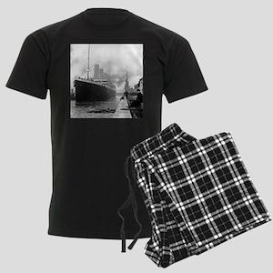 Titanic Men's Dark Pajamas