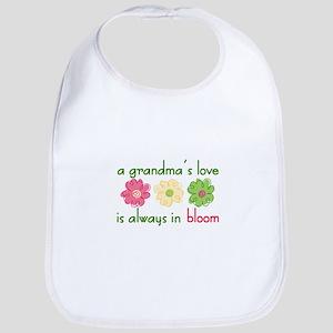 Grandmas Love Bib