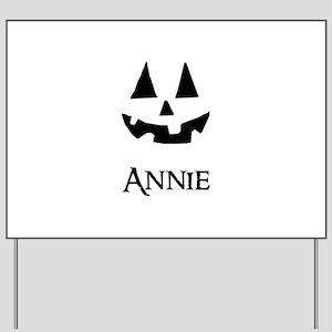 Annie Halloween Pumpkin face Yard Sign