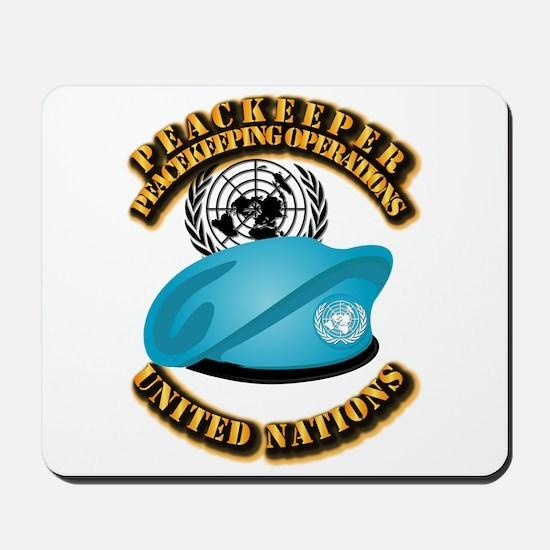 UN - UN Beret - Peacekeeper Mousepad