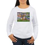 Lilies (2) & Chihuahua Women's Long Sleeve T-Shirt