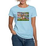 Lilies (2) & Chihuahua Women's Light T-Shirt