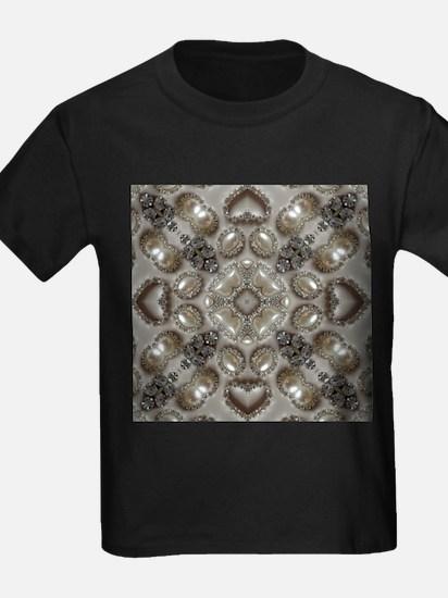girly vintage pearl diamond glamorous T-Shirt
