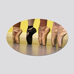Ballet Dancers on Pointe or on Toes Wall Decal