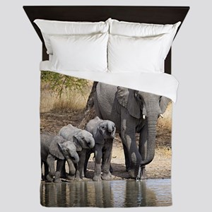 Elephant mom and babies Queen Duvet