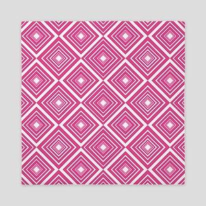 Diamond Pattern Dark Pink and White Queen Duvet