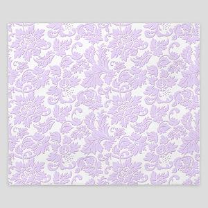 Elegant lavender and white vintage flor King Duvet