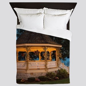 Fall Gazebo Queen Duvet