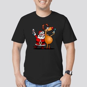 Santa Claus and his Re Men's Fitted T-Shirt (dark)
