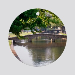 Bourton-On-The-Water Ornament (Round)