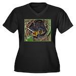 Birds Women's Plus Size V-Neck Dark T-Shirt