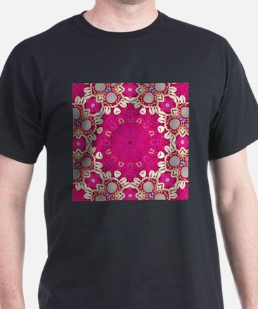 abstract fuschia bohemian shells pattern T-Shirt