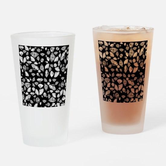 3D diamonds on black Drinking Glass