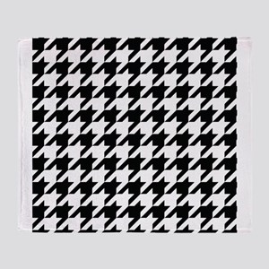 Houndstooth Black and White Classic Pattern Throw