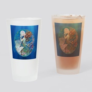 Clive Pearl Mermaid Drinking Glass