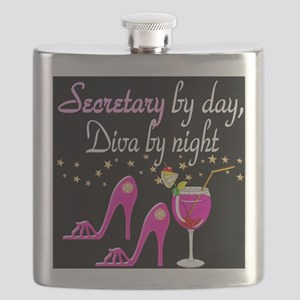 FOXY SECRETARY Flask