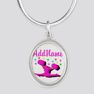 CHEERLEADING STAR Silver Oval Necklace