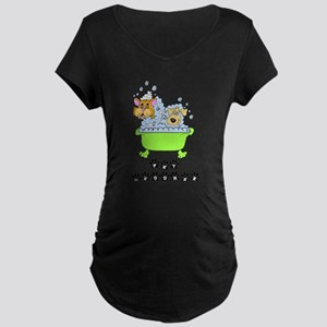 Pet Groomer Maternity Dark T-Shirt