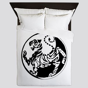 Yin Yang Shotokan Tiger Queen Duvet