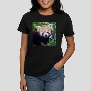 Red Panda Women's Dark T-Shirt