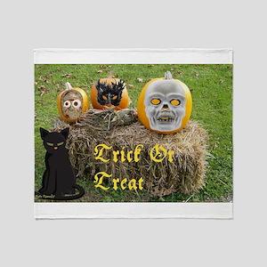 Trick or Treat Pumpkins Throw Blanket