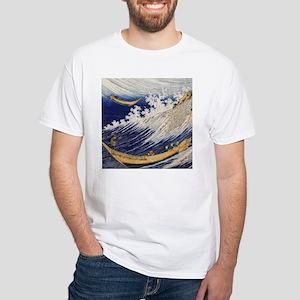 Ocean waves by Hokusai T-Shirt