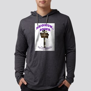 Keokuk Iowa Totem Pole Long Sleeve T-Shirt