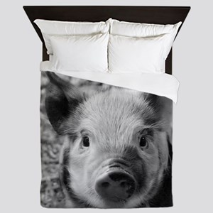 Sweet Piglet,black white Queen Duvet