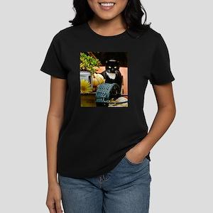 """""""GIRLIE in Fall Still-Life"""" T-Shirt"""