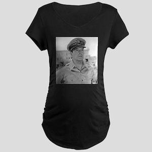 douglas macarthur Maternity T-Shirt