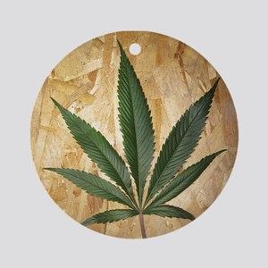 Kush Leaf Ornament (Round)