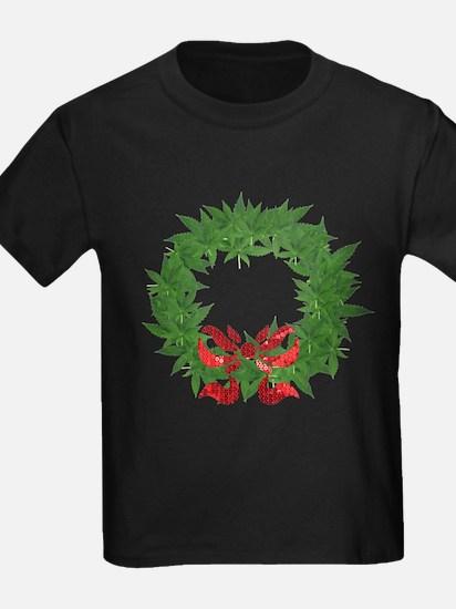 cannabis christmas wreath T-Shirt
