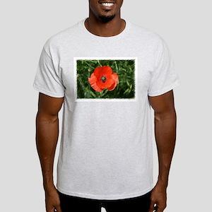 Natural Contrast Light T-Shirt