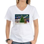 XmasMagic/Cocker (Brn) Women's V-Neck T-Shirt
