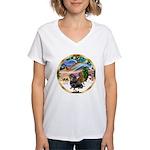 XmasMagic/2 Dachshunds Women's V-Neck T-Shirt