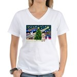 XmasMagic/Havanese pup Women's V-Neck T-Shirt