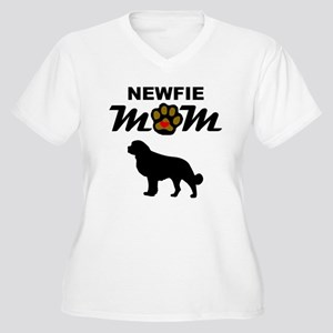 Newfie Mom Plus Size T-Shirt