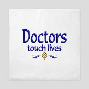 Doctors Touch Lives Queen Duvet